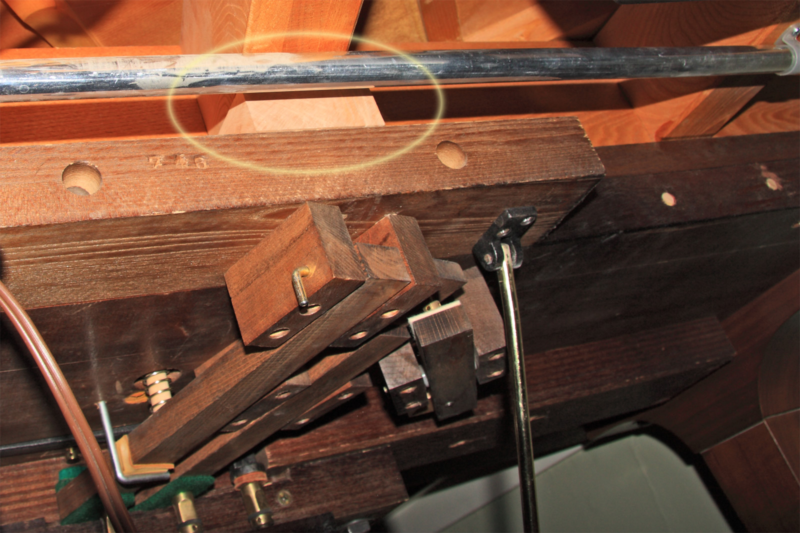 and again - the solid wood bracing to stop Lyre torque has been circled.